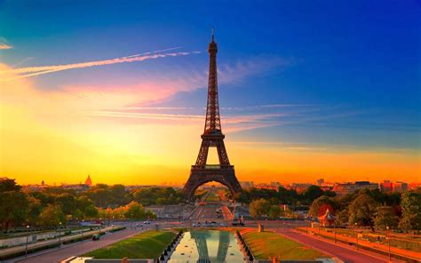 beautiful eiffel tower paris beauty france image beautiful background pictures of france wallpaper view