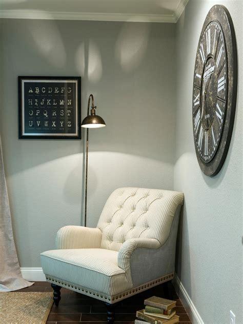 bedroom reading lights hgtv fixer upper joanna gaines best outfits hgtv s