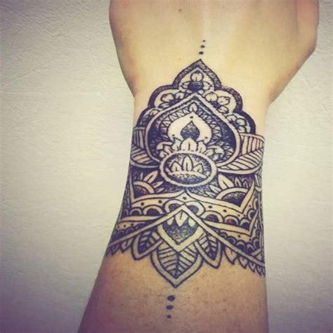 tatouage femme fleur de lotus galerie tatouage