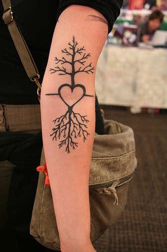 pinkbizarre tree  life tattoo designs  women