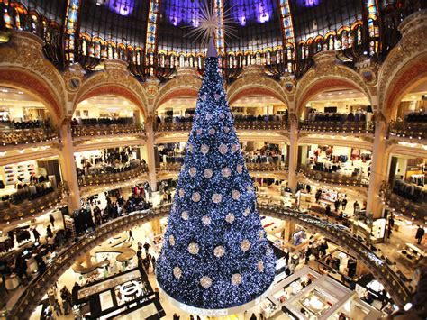 christmas tree in lafayette a sparkling tree in our most repinned item on cond 233 nast traveler
