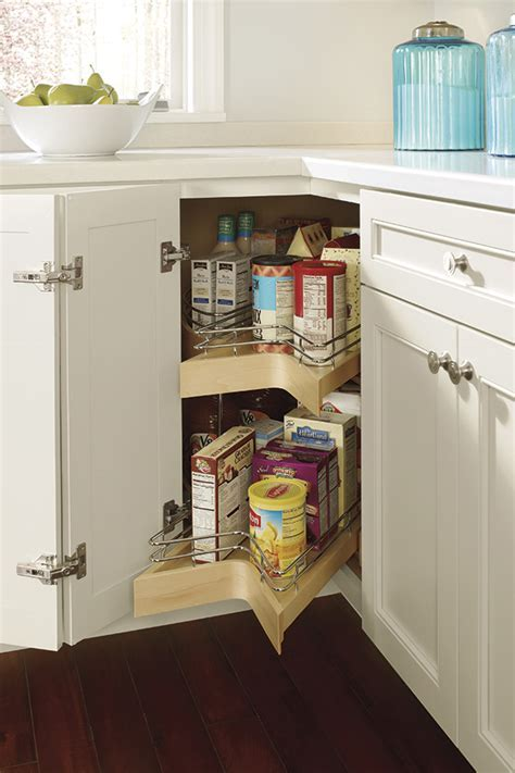Lazy Susan Cabinet with Pullout   Kemper Cabinetry