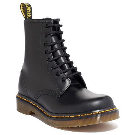 Dr Martens 08 dr martens black original 8 boots in black for lyst