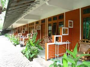 hotel atau penginapan paling murah di surabaya 2017 yoshiewafa