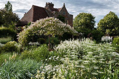 the sissinghurst pavilion classic garden elements uk