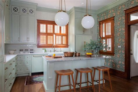 White Kitchen Cabinets With Wood Trim by White Kitchen Cabinets With Wood Trim Kitchen