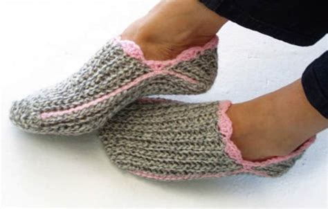 crochet slipper pattern crochet slippers best collection the whoot