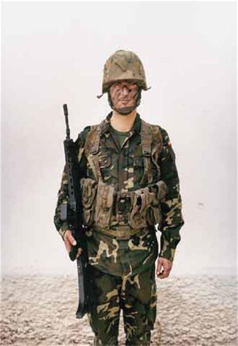 imagenes de soldados realistas soldados en el banquillo edici 243 n impresa el pa 205 s