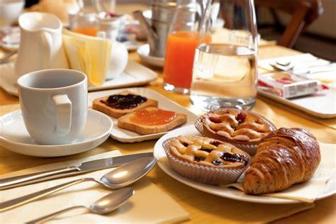 colazione in al mattino la colazione dolce stimola la creativit 224