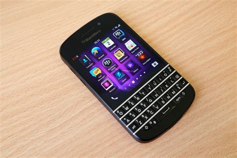 Bb Returns by Blackberry Q20 Release Date Rumors Return Of Qwerty Style
