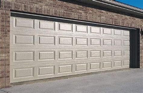 puertas de cochera automaticas puertas automticas para garaje o cochera design bild