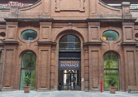 ingresso museo l ingresso museo egizio di torino il foto
