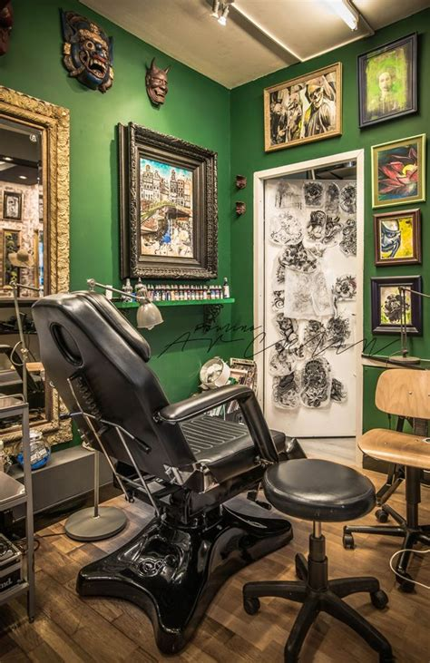 studio 9 tattoo best 25 shop decor ideas on