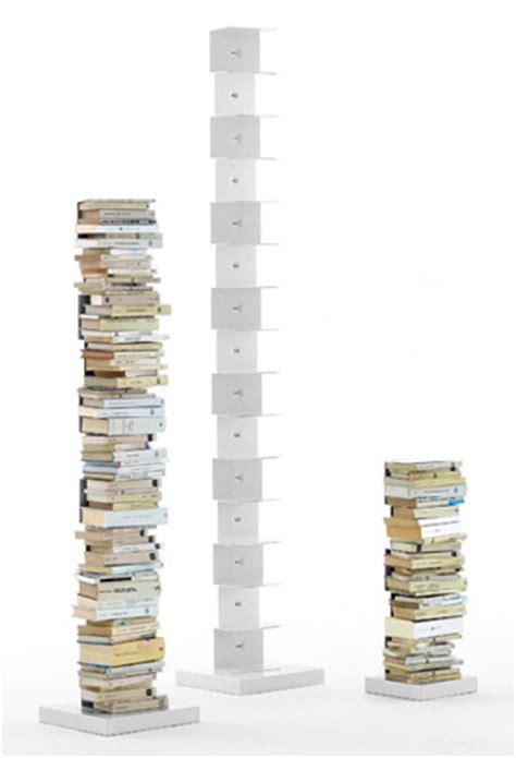mensola libro mensole libro invisibili mammachecasa