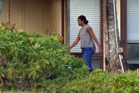 all hawaii news obama hawaii vacation home illegal michelle obama in obama s hawaiian vacation rental zimbio