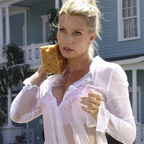 nicollette sheridan shows nicollette sheridan desperate housewives stars who