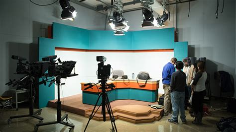 Broadcasting Ba Mba Colleges by Journalism Broadcasting Major Ba Bs The College At