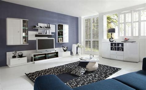 Wohnzimmer Gestalten Mit Farbe by 1001 Ideen F 252 R Wohnzimmer Einrichten Tipps Und Bildideen