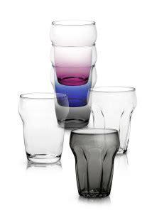 bicchieri coop a tavola col nuovo design democratico di coop marina