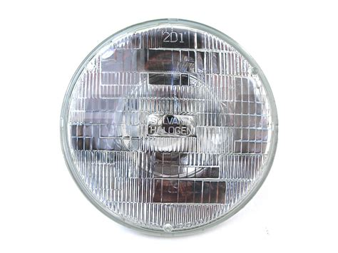 volvo    sealed beam style headlamp