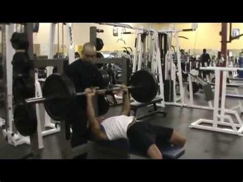 girl benches 225 female powerlifter bench press 225 lbs raw by chad green
