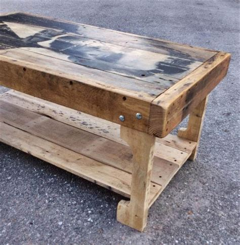 Pallet Wood Coffee Table Pallet Coffee Table With Recycled Wood Shelf 99 Pallets