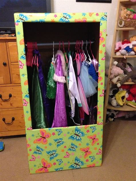 ups wardrobe boxes 1000 ideas about cardboard wardrobe on