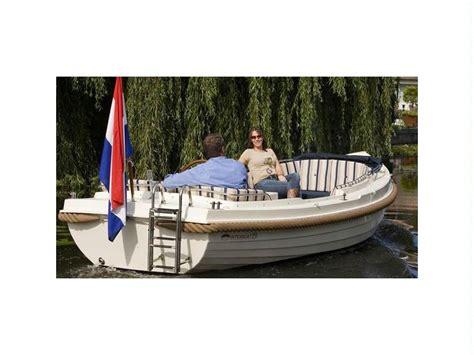 boat house 19 boat interboat 19 inautia com inautia