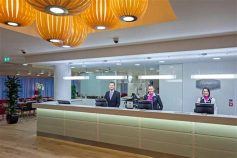 day rooms gatwick airport hton by gatwick airport globalmouse travels