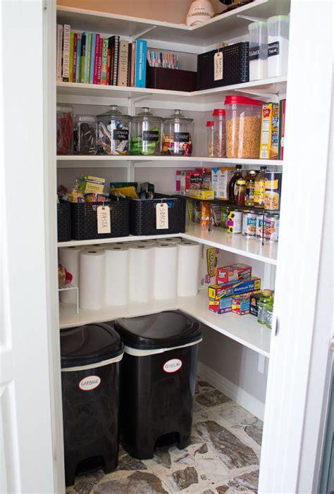 tips  organize  pantry digsdigs