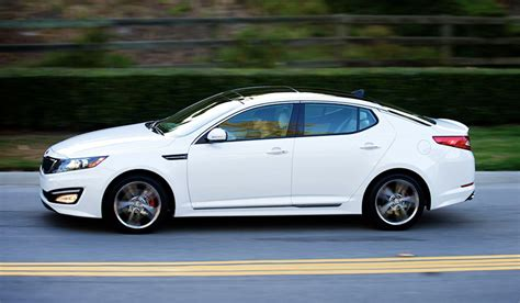 Kia Hybrid 2013 Updated 2013 Kia Optima Hybrid Consumes 5 9 Liters The