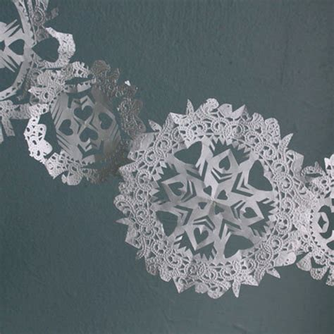 What To Make With Paper Doilies - top 10 winter decorations with paper doilies top inspired