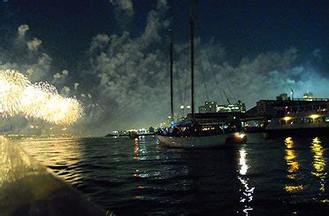 boat party nyc july nyc 4th of july fireworks cruise best 4th of july cruise