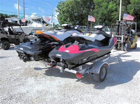 ski doo boats for sale two sea doo jet skis boats for sale