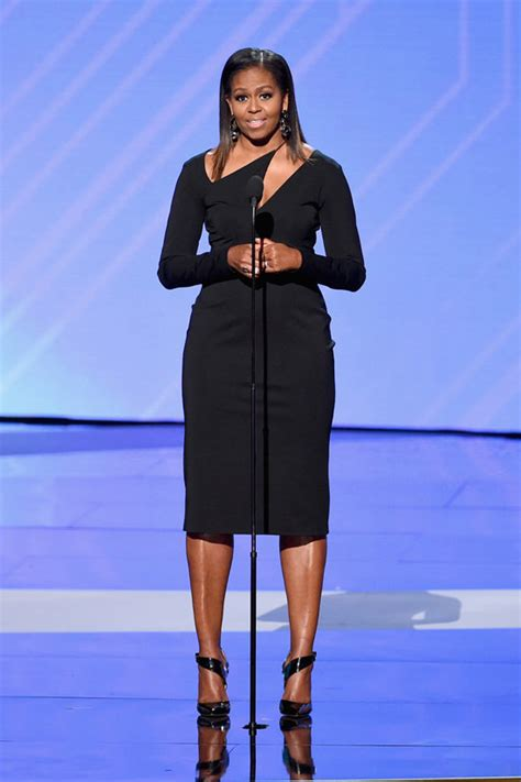michelle obama returns to our lives in cushnie et ochs at