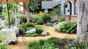 Backyard Landscaping Ideas For Dogs California Landscapers Making A Mint Off The Drought Jul