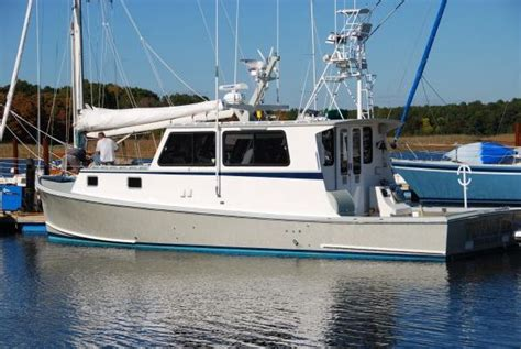 lobster boat weight 2006 young brothers 38 lobster boats yachts for sale