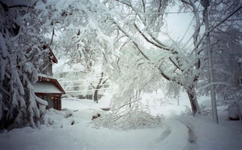 worst snowstorms in history worst snowstorms in new england history new england today