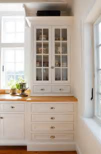 benjamin designer white benjamin moore navajo white kitchen 2017 2018 best