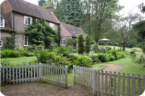 cottage inglese a place house tour cottage inglese