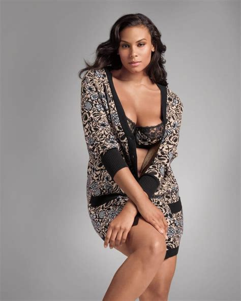 model lingere first look the lane bryant and sophie theallet plus size