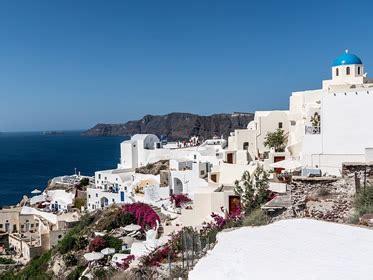 comprare casa in grecia investire in grecia oggi conviene comprare casa ora