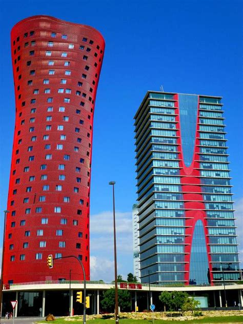 hotel porta fira barcellona foto torre roja de porta fira en barcelona de cobos
