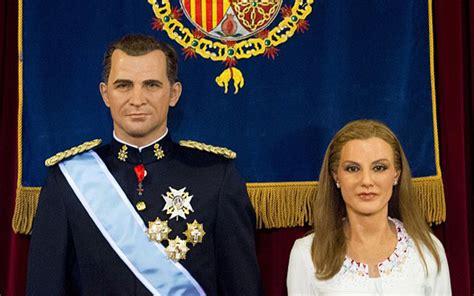 Patung Raja Dan Ratu Souvenir foto patung lilin ratu letizia benar benar produk gagal