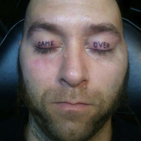 tattoo eyelids 10 nightmare inducing eyelid tattoos