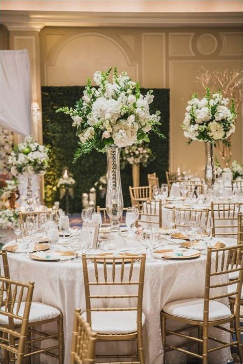 18 Elegant Wedding Centerpiece Ideas For 2018 Trends Oh And White Centerpieces For Wedding