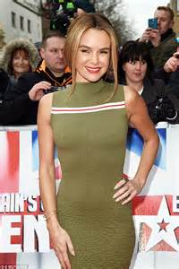 Mam Niple Uk X britain s got talent s amanda holden grabs on