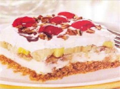 banana split dessert recipe food