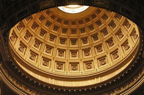 pantheon cupola foto pantheon la cupola a roma 550x366 autore fabio