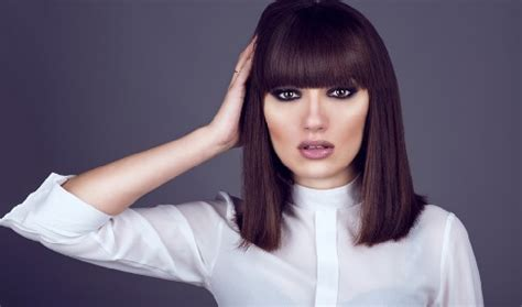 fringes for a large forehead 10 new hairstyles for big foreheads female to hide them